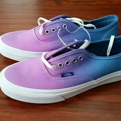 NWT Vans shoes RARE AND HARD TO GET size 9 purple to blue tone fade vans awesome Vans Shoes Athletic Shoes