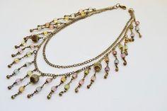 collar con flejos de bolitas de colores por Limbhad en Etsy
