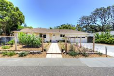 Just listed in Presidents, Novato for $699,000! 565 Arthur St. Sweet single-story 3bd/2ba Ranch with central A/C! Hardwood floors, master suite, dual-pane windows. Gardeners will love all the raised planting beds. Relax in the large backyard under the shady pergola. FIRST OPEN SUNDAY 6/25 from 1-4pm! Call us for more info: 415-725-1911