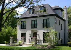 Georgiana Design — Fergon Architects in Chicago. French Country Houses Exterior, Country Home Exteriors, Villa, Exterior Tradicional, French Provincial Home, French Style Homes, Traditional Exterior, House Elevation, Facade House