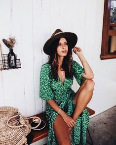Awesome boho dresses are readily available on our internet site. Have a look and you wont be sorry you did. Summer Outfits, Summer Dresses, Maxi Dresses, Casual Dresses, Style Parisienne, Short Beach Dresses, Bohemian Mode, Vintage Bohemian, Looks Style