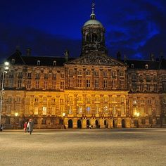 13 places you need to see in the netherlands windmill and city royal palace on dam square in amsterdam at night blueprint netherlands http malvernweather Gallery
