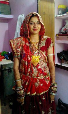Cute Bishnoi bride Beautiful Girl In India, Beautiful Women Over 40, Beautiful Blonde Girl, Most Beautiful Indian Actress, Beauty Full Girl, Beauty Women, Rajasthani Dress, Girl Number For Friendship, Desi Girl Image