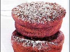 Receita de Muffin de banana com aveia e chocolate (liquidificador) - muffins ele saia limpo. Retire do forno e desenforme depois de...