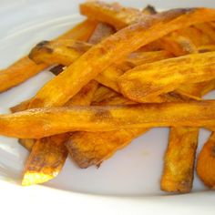 """Spicy Baked Sweet Potato FriesI """"Who'd have thought that fries could taste so good AND be healthy?"""""""