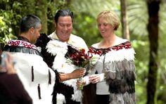 New Zealand #wedding #ceremony #custom #pearl #jewelry