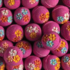 Boule de bain lushThink Pink Bath Bomb