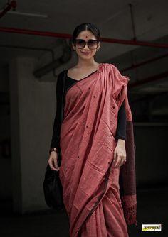 Cotton Saree, Cotton Dresses, Saree Trends, Saree Blouse Designs, Piece Of Clothing, Dress Codes, Indian Wear, Indian Fashion, Work Wear