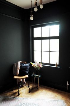 5 interiors hacks for those on a budget - The Frugality Stiffkey Blue, The Frugality, Hague Blue, Navy Walls, Soho House, Living Room Inspiration, My Favorite Color, New Homes, Interior Design