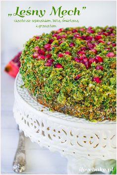 """Ciasto ze szpinakiem """"leśny mech"""" / Spinach cake #recipe #cake #food http://ilovebake.pl/2015/01/28/ciasto-lesny-mech-ze-szpinakiem-i-bita-smietana-przepis/"""