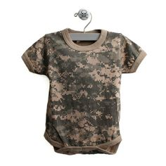 Camo Short Sleeve One Piece Baby Body Suit in Digital Camo Marine Corps Baby, Usmc Baby, Camo Baby Clothes, Camo Baby Stuff, Camo Shorts, Digital Camo, Baby Gift Sets, Baby Bodysuit, Baby Boy
