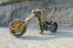 Artist Dan Tanenbaum constructs these awesome mini motorcycles using watch parts. We like to imagine that they could be ridden by mice kitted out with tiny helmets and goggles
