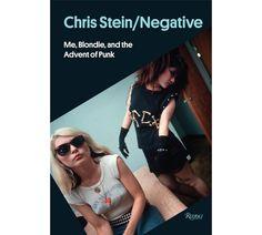 Le livre Chris Stein/Negative: Me, Blondie and the Advent of Punk, Editions Rizzoli http://www.vogue.fr/culture/a-voir/diaporama/le-mythe-blondie-en-30-images/21226#!7
