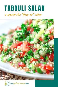 Try this Tabouli Salad for fresh Mediterranean flavors! It is a perfect light dinner idea, side dish or even a weekend lunch! Easy Salad Recipes, Vegetarian Recipes Easy, Easy Salads, Side Dish Recipes, Healthy Recipes, Healthy Salads, Mediterranean Side Dish Recipe, Mediterranean Diet Recipes, Mediterranean Dishes