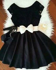 Image shared by ★♡heartdream♥☆. Find images and videos about girl, fashion and cute on We Heart It - the app to get lost in what you love. Lila Outfits, Cute Outfits, Short Dresses, Girls Dresses, Formal Dresses, Casual Dresses, Summer Dresses, Wedding Dresses, Pretty Dresses
