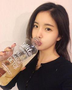 #조현영 #현영 #HyunYoung #레인보우 #Rainbow 161201 HyunYoung's Instagram UPDATE