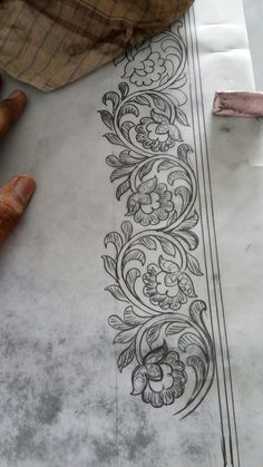 This post was discovered by prajna. Discover (and save!) your own Posts on Unirazi. Border Embroidery Designs, Hand Work Embroidery, Embroidery Motifs, Ribbon Embroidery, Paint Designs, Designs To Draw, Motif Floral, Border Design, Rangoli Designs