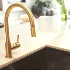 Moen Kitchen Faucets Gold Inspirational Moen Gold Kitchen Faucet Modern Mat - Home Decors Antique Brass Kitchen Faucet, Gold Faucet, Black Kitchen Faucets, Kitchen Fixtures, Faucet Kitchen, Kitchen Hardware, Stainless Sink, Stainless Steel Kitchen, Kohler Purist