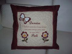 Almofadas personalizadas para presentear com carinho! www.saldaterrapatchwork.blogspot.com