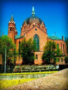 Trefoldighet Menighet, Catholic Church in Oslo, Norway