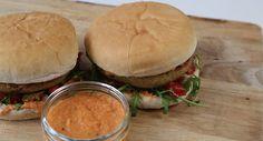 Here's How You Make A Falafel Burger