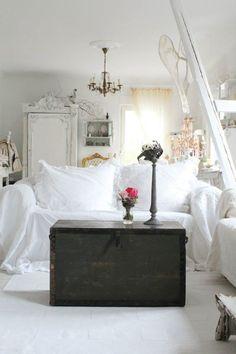 White Room, Black Chest.