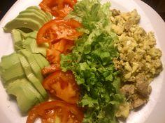 abacate+tomate+alface+ovos c/ atum fresco