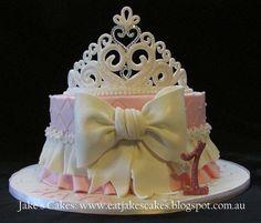 Beautiful sparkly princess tiara cake with a handmade tiara by me - Happy Birthday Maya! Birthday Cakes For Women, Birthday Desserts, Birthday Cake Girls, Birthday Ideas, Happy Birthday, Fondant Crown, Crown Cake, Princess Theme Cake, Princess Tiara