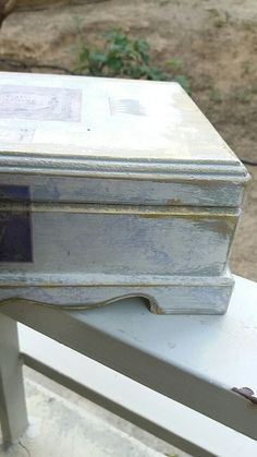 Ell's jewellery box ❤. I hope  she likes it!  #AnnieSloan madness #duckeggblue #oldwhite #distress #louisblue #lavender