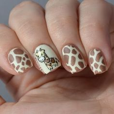 It's been so freaking long since of done some free hand nail art. Animal Nail Designs, Animal Nail Art, Fingernail Designs, Cute Nail Designs, Giraffe Nails, Deer Nails, Cute Nail Art, Cute Nails, Pretty Nails