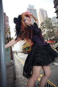 La Carmina's Hong Kong Street Stylin @LaCarmina #japan #fashionblogger #fashionblog #lacarmina #goth #style #tokyo