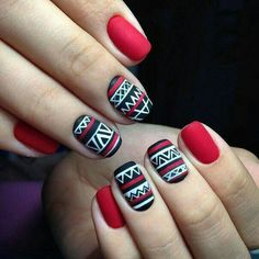 Nail art with matte nails. End your nail polish with a matte lacquer. Christmas Nail Art Designs, Christmas Nails, Red Christmas, Simple Christmas, Nail Art Vernis, Nagellack Design, Tribal Nails, Nagel Hacks, Short Nails Art
