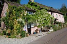 Barnacle Cottage: Brixham, Devon, England