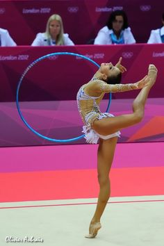 Daria Dmitrieva, Russia, won 5 gold, 6 silver and 1 bronze medals in World Cups (2010-2012).