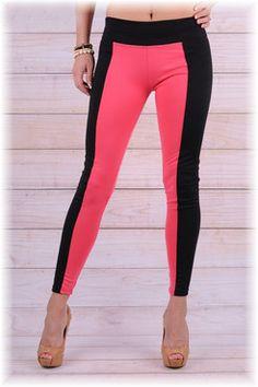Legíny opticky zeštíhlují a prodlužují siluetu. Leather Outfits, Sexy, Pants, Fashion, Trouser Pants, Moda, Fashion Styles, Women's Pants, Women Pants