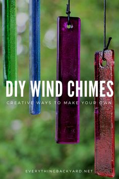 Wind Chimes Craft, Glass Wind Chimes, Garden Crafts, Diy Garden Decor, Carillons Diy, Mobiles, Wind Spinners, Facon, Bottle Crafts