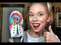 how to make tie dye shoes with sharpies! Sharpie Shoes, Sharpie Tie Dye, Sharpie Art, Sharpies, Custom Tie Dye Shirts, Custom Ties, How To Dye Shoes, How To Tie Dye, Fix Broken Eyeshadow