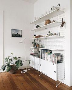 #stringsystem #estantería Home Decor Styles, Home Decor Accessories, String Regal, String Shelf, New Furniture, Furniture Shopping, Interior Design Inspiration, Home Bedroom, Decoration