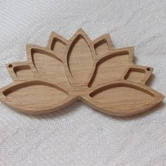 1 p unfinished wooden lotus flower,lotus flower pendant base,lotus necklace tray,wooden jewelry setting,wooden resin tray,jewelry making
