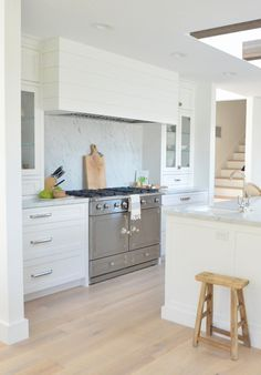 French kitchen Range he model is a CornuFe in stainless steel #CornuFe #stainlesssteel