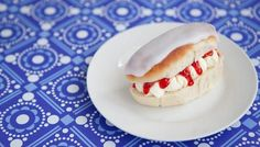 Iced fingers: forget the cream and jam, these are good without them! They taste just like the ones I ate as a kid.