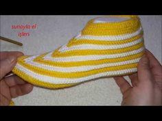 TASARIM TIĞ İŞİ KOLAY PATİK YAPIMI - YouTube Knit Slippers Free Pattern, Knitted Slippers, Knitted Hats, Crochet Sachet, Crochet Socks, Knitting Stitches, Baby Knitting, Crochet Diagram, Scarf Design