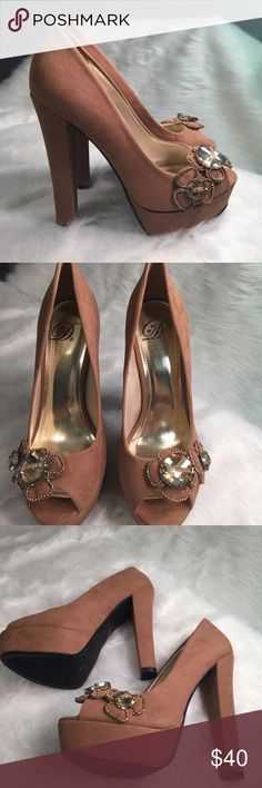 Flower jeweled Taupe brown heels Taupe brown heels with flower gem embellishments heel height is 5 inches and platform height is 1.25 inches :) Shoes Platforms