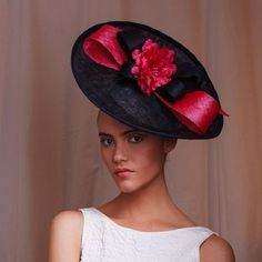 Are you interested in our French navy/pink hat? With our Navy Wedding fascinator hat you need look no further. Navy Wedding Hat, Wedding Hats, Henley Royal Regatta, Wedding Fascinators, Headpieces, French Hat, Royal Ascot Hats, Lisa, Fancy Hats