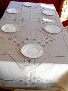 Linen table cloth with silk embroidery Gray linen tablecloth with napkins Hand embroidery Eco linen table cloth Holiday table cloth Lino Natural, Natural Linen, Linen Tablecloth, Linen Napkins, Holiday Tablecloths, Christmas Table Cloth, Holiday Tables, A Table, Dinning Table