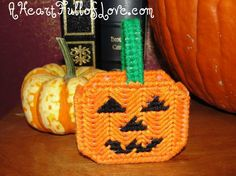 Doll Halloween Candy Bucket – Free Plastic Canvas Pattern