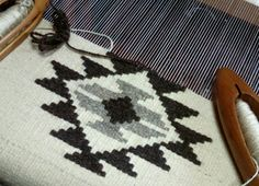 Qobelen Macrame Patterns, Weaving Patterns, Crochet Patterns, Weaving Textiles, Tapestry Weaving, Loom Weaving, Hand Weaving, Weaving Projects, Woven Wall Hanging