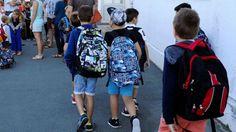 Grenoble: un prof retiré de l'école après une manifestation de parents - SFR…