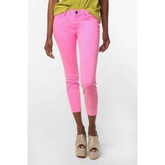 BDG grazer mid rise skinny ankle jeans BDG brand by Urban Outfitters. Grazer mid rise ankle/crop style. Size 26. Neon pink color. 78% cotton 20% poly 2% spandex. Excellent condition. Urban Outfitters Jeans Skinny