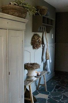 Hal sobere landelijke stijl Decoration, Country Style, Interior Styling, Home Kitchens, Ladder Decor, Sweet Home, Home And Garden, Room Decor, Design Inspiration